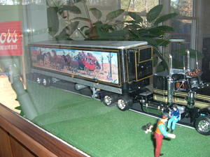 Welcome to my Smokey and the Bandit Diorama! This in 1/25th scale. Enjoy